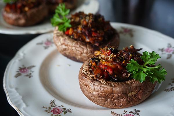 plato hongos, blog inmobiliaria el encinar