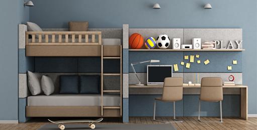 habitación con litera y sofá